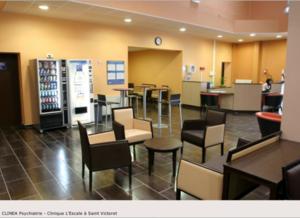 Clinique Psychiatrique l'Escale - St Victoret (Bouches du Rhône) - 3 équipes